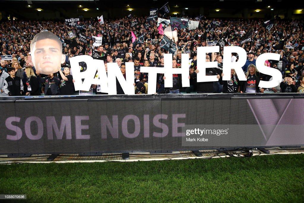 NRL Semi Final - Sharks v Panthers : News Photo