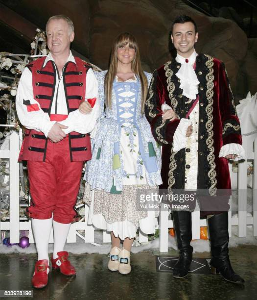 Pantomime cast members Les Dennis Michelle Heaton and her husband Andy Scott Lee during a photocall to launch First Family Entertainment's The...