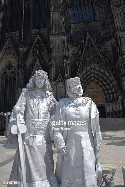 Pantomimen vor Kölner Dom Köln NordrheinWestfalen Deutschland Europa Reise BB DIG PNr 1026/2011