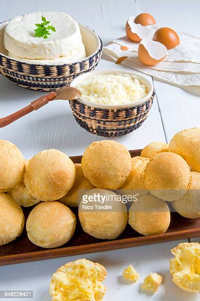 pao de queijo - queijo stock pictures, royalty-free photos & images