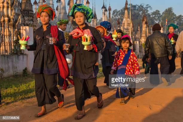 Pao Pilgrims at Kakku's festival