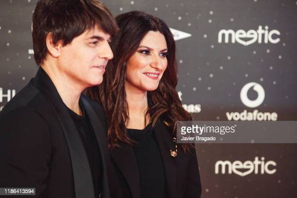 Paolo Carta and Laura Pausini attend 'Los40 music awards 2019' photocall at Wizink Center on November 08 2019 in Madrid Spain