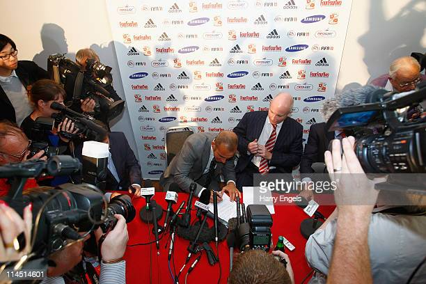 Paolo di Canio signs his contract during a press conference to announce his arrival as manager of Swindon Town FC at County Ground on May 23 2011 in...