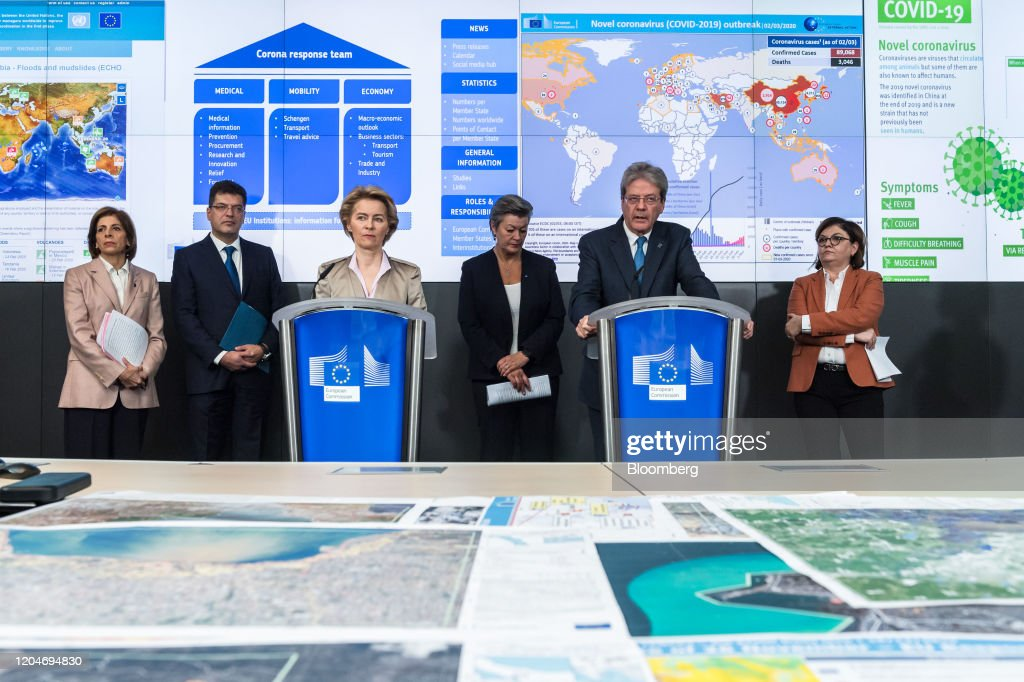 European Commission President Ursula von der Leyen Convenes Coronavirus Response Team : ニュース写真