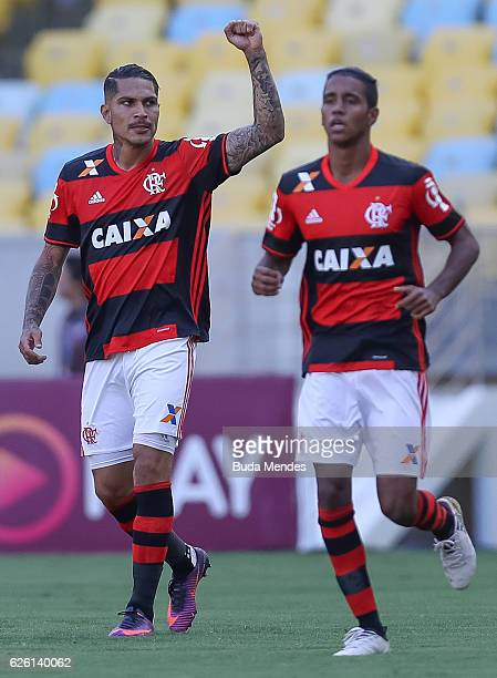 Paolo Guerrero of Flamengo celebrates a scored goal against Santos during a match between Flamengo and Santos as part of Brasileirao Series A 2016 at...