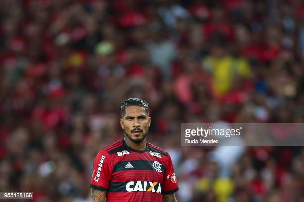 Paolo Guerrero of Flamengo looks on during a match between Flamengo and Internacional as part of Brasileirao Series A 2018 at Maracana Stadium on May...