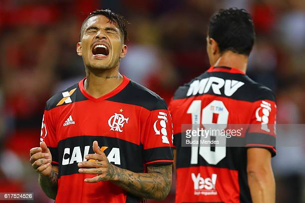 Paolo Guerrero of Flamengo reacts during a match between Flamengo and Corinthians as part of Brasileirao Series A 2016 at Maracana stadium on October...