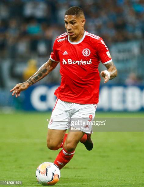 Paolo Guerrero of Internacional controls the ball during the match against Gremio for the Copa CONMEBOL Libertadores 2020 at Arena do Gremio on March...