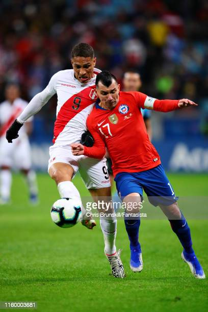 Paolo Guerrero of Peru and Gary Medel of Chile battle for the ball during the Copa America Brazil 2019 Semi Final match between Chile and Peru at...