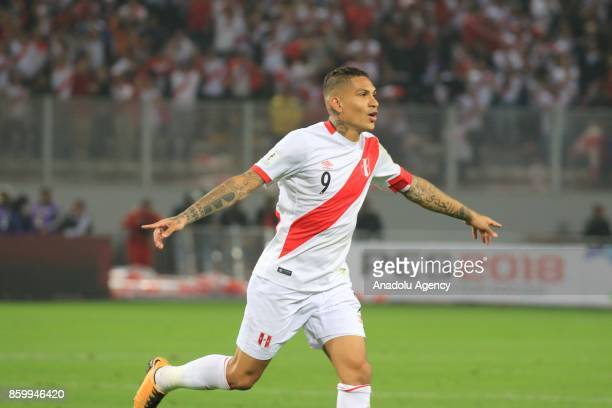 Paolo Guerrero of Peru celebrates after scoring a goal during the 2018 FIFA World Cup Qualification match between Peru and Colombia at National...