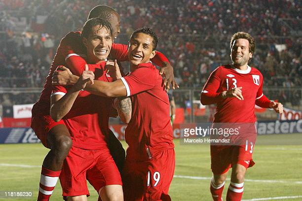 Paolo Guerrero of Peru celebrates his goal against Uruguay during a match as part of group C of 2011 Copa America at Bicentenarium Stadium on July 4...