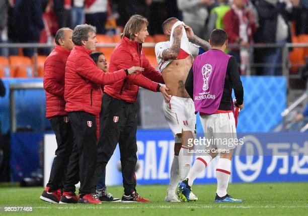 Paolo Guerrero of Peru shows ihs dejection following the 2018 FIFA World Cup Russia group C match between France and Peru at Ekaterinburg Arena on...