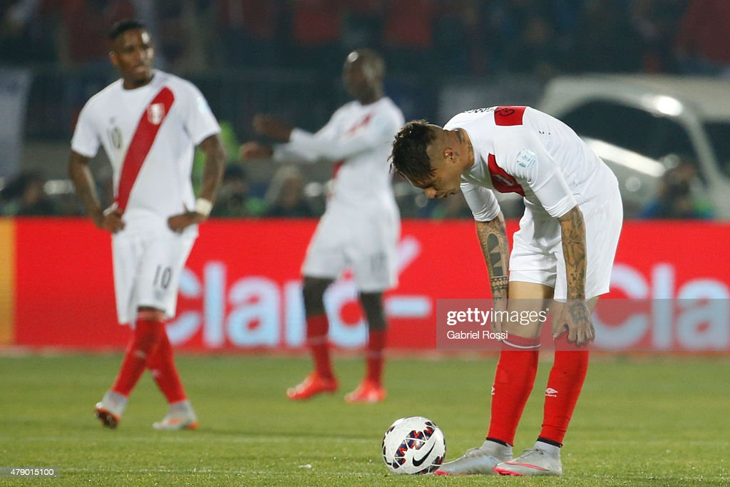 Paolo Guerrero of Peru watches the ball during the 2015 Copa America Chile Semi Final match between Chile and Peru at Nacional Stadium on June 29, 2015 in Santiago, Chile.