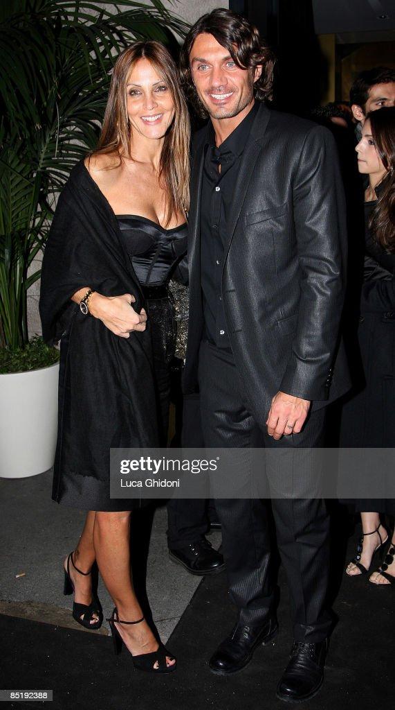 Extreme Beauty In Vogue Dinner: Milan Fashion Week Womenswear A/W 2009 : News Photo