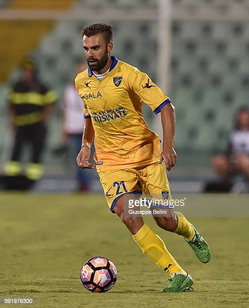 Paolo Sammarco of Frosinone Calcio in action during the TIM Cup match between Pescara Calcio and Frosinone Calcio at Adriatico Stadium on August 13...