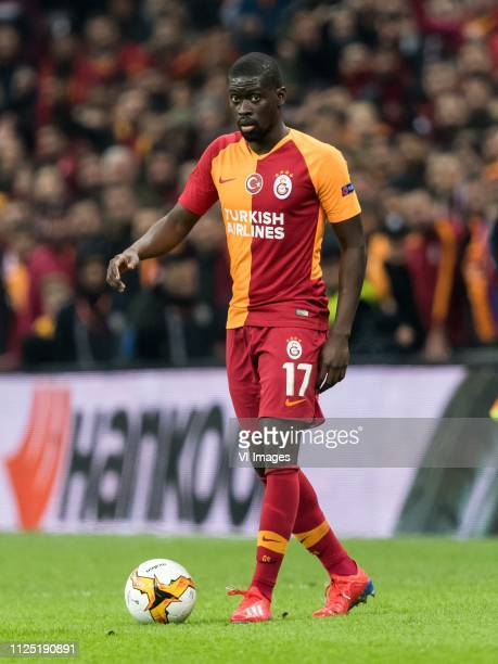Papa Alioune Badou Ndiaye of Galatasaray SK during the UEFA Europa League round of 32 match between Galatasaray SK and SL Benfica at Ali Sami Yen...