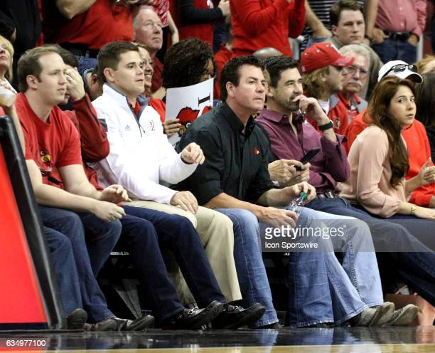 Papa Johns owner John Schnatter sits front row during a Louisville Cardinals vs Miami Hurricanes game on February 11 2017 at the KFC Yum Center in...