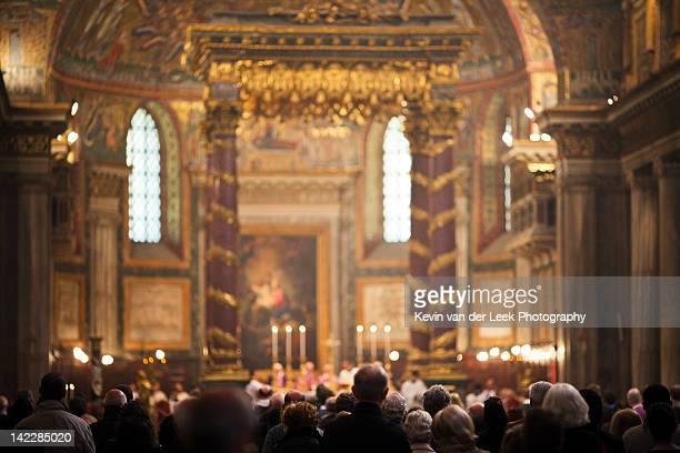 papal basilica of saint mary major - ミサ ストックフォトと画像