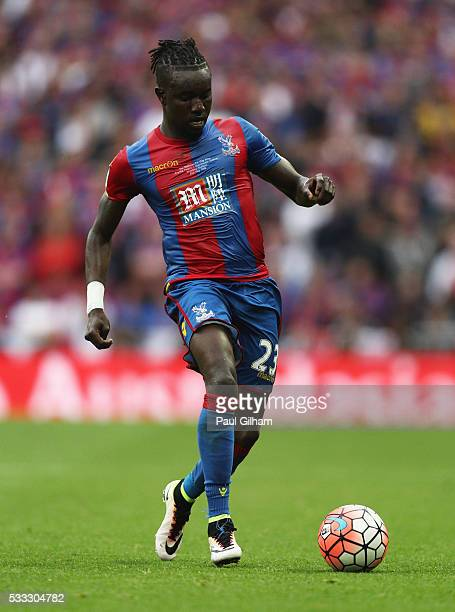 Pape N'Diaye Souare of Crystal Palace in action during The Emirates FA Cup Final match between Manchester United and Crystal Palace at Wembley...