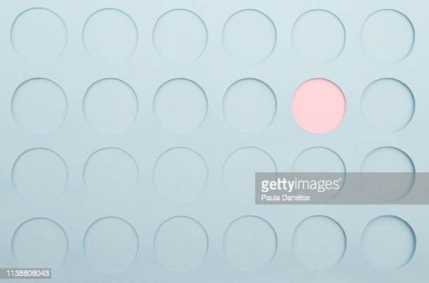 paper background with circles - flamengo imagens e fotografias de stock