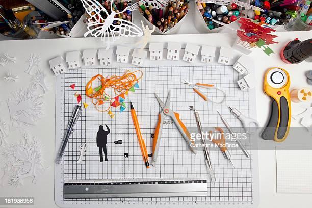 paper cutting epuipment - catherine macbride stock-fotos und bilder