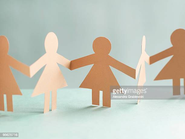 Paper Dolls Horizontal