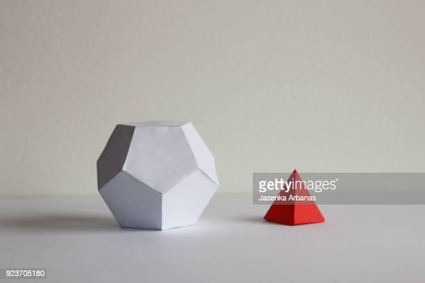 Paper geometric shapes