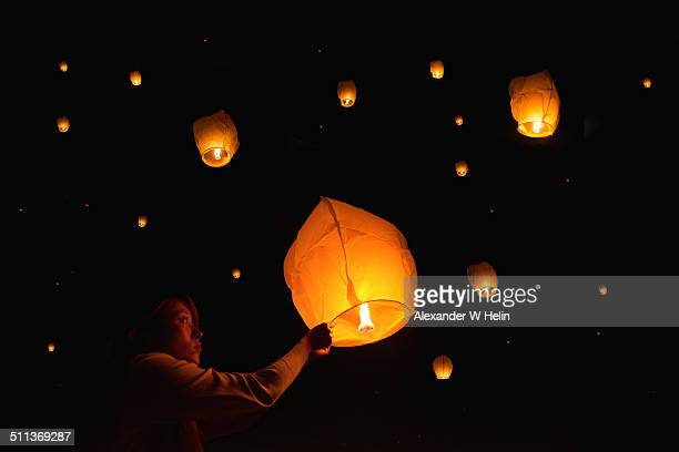 paper lanterns - chinese lantern festival stock pictures, royalty-free photos & images