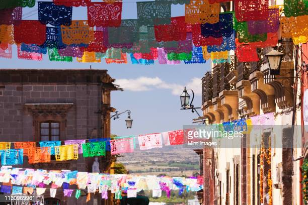 paper streamers - mexico stock pictures, royalty-free photos & images