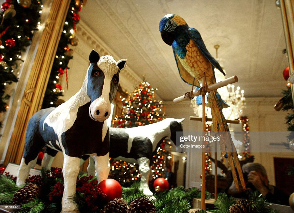 Laura Bush Hosts Preview Of White House Christmas Decorations : News Photo