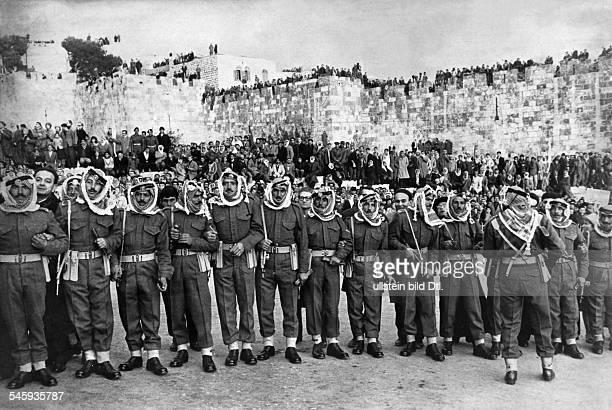 Papst Paul VI. *26.09.1897-+Papst 1963-1978Reise nach Jerusalem: Angetretene Beduinen-Soldaten im jordanischen Teil der Stadt- 1964