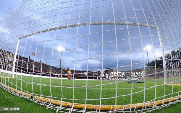 Papu Gomez of Atalanta BC scores the 03 goal during the serie A match between Benevento Calcio and Atalanta BC at Stadio Ciro Vigorito on April 18...