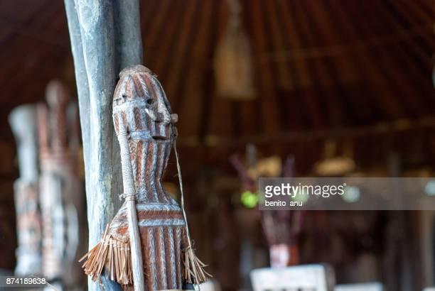 papua handicrafts - astuccio penico foto e immagini stock