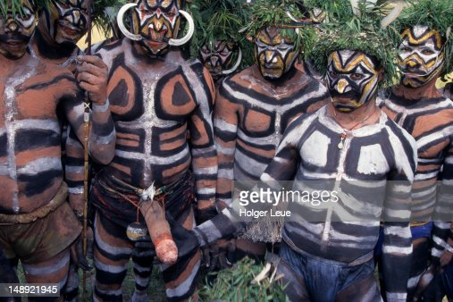 Papua New Guineans Of Duna Tribe Port Moresby Cultural