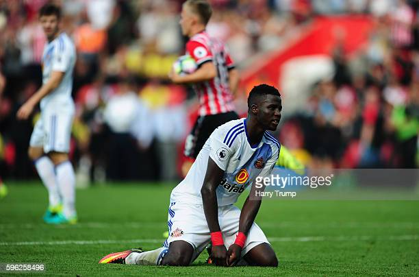 Papy Djilobodji of Sunderland reacts as Jay Rodriguez scores Southampton's first goal during the Premier League match between Southampton and...