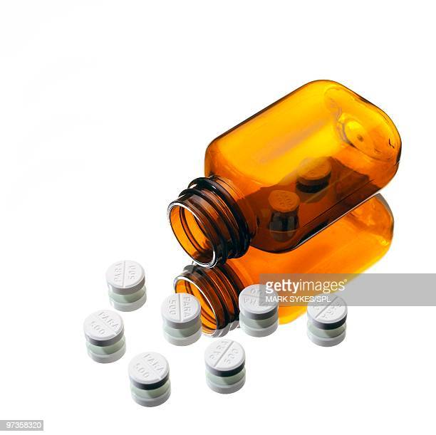 paracetamol tablets - acetaminophen stock photos and pictures