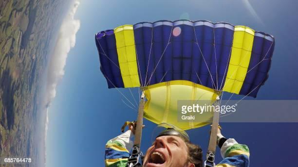 Parachute tandem flying