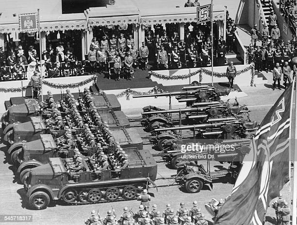Parade of the Wehrmacht at the OstWestAchse in Berlin in honour of the Yugoslav Prince Regent Paul and his spouseAdolf Hitler and Prince Regent Paul...