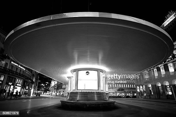 paradeplatz tramstation - altug karakoc - fotografias e filmes do acervo