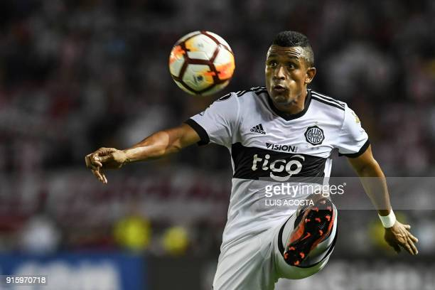 Paraguayan Olimpia defender Colombian Farid Diaz controls the ball during their Copa Libertadores football match against Colombia's Junior at Roberto...