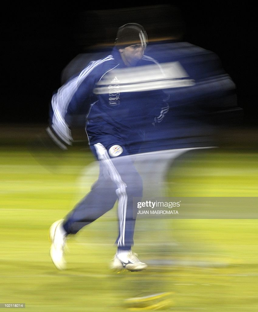 Paraguay's defender Denis Caniza jogs during a training session at Michaelhouse school in Balgowan on June 15, 2010. The 2010 World Cup hosted by South Africa continues through July 11.