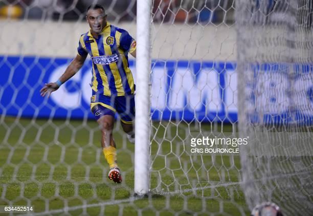 Paraguays Deportivo Capiata player Roberto Gamarra celebrates after scoring against Perus Universitario during their Copa Libertadores football match...
