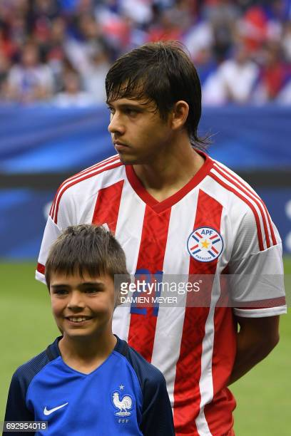 Paraguay's forward Oscar Romero is pictured prior to the friendly football match between France and Paraguay on June 02 2017 at the Roazhon park...