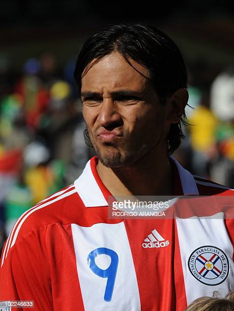 Paraguay's striker Roque Santa Cruz poses prior the Group F first round 2010 World Cup football match Slovakia vs Paraguay on June 20 2010 at Free...