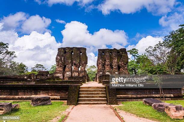 parakramabahu's royal palace, polonnaruwa, unesco world heritage site, cultural triangle, sri lanka, asia - lanka stock pictures, royalty-free photos & images