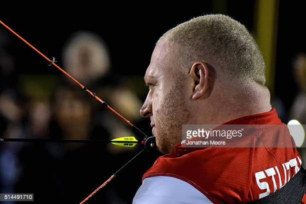 Paralympic althlete Matt Stutzman demonstrate recurve archery during the 2016 Team USA Media Summit at UCLA's Drake Field on March 8 2016 in Westwood...