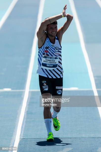 Paralympic athlete Petrucio Ferreira of Brazil during the 'Mano a Mano Athletics Challenge' at the Brazilian Jockey Club on october 01 2017 in Rio de...