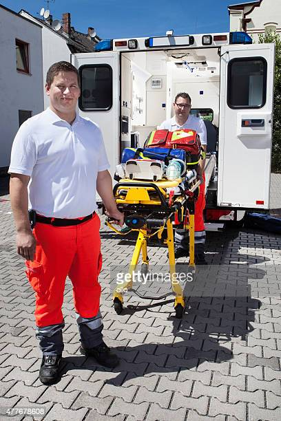 Équipement médical auxiliaires médicaux ambulance civière d'urgence