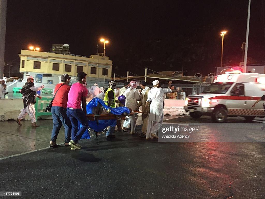 Crane accident kills at least 52 in Mecca : News Photo