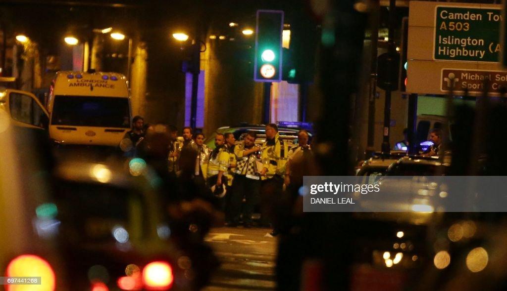 BRITAIN-ATTACKS-VEHICLE : News Photo